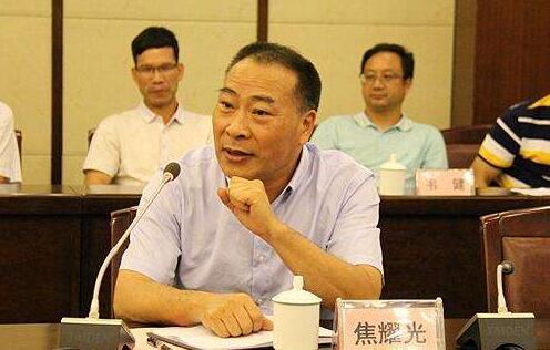 焦耀光简历:柳州市人大副主任焦耀光,曾任柳州市委常委、宣传部长、副市长