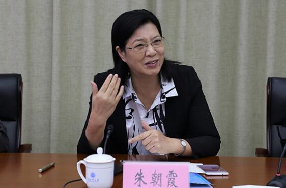 朱朝霞简历:广西职业师范学院院长朱朝霞,曾任玉林市委常委、常务副市长